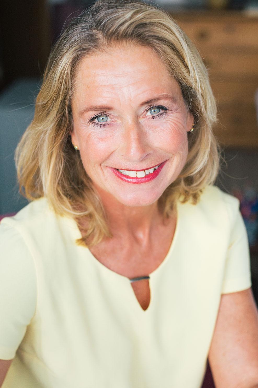 Julie-Kennedy-31