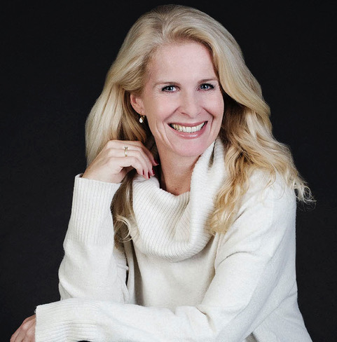 Evelien van Es for the Fabulous After Fifty! podcast